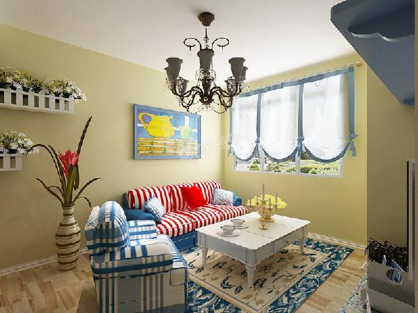 本案中电视背景墙采用传统的白灰泥墙与用蓝色系的马赛克相拼成的简单电视柜相呼应,红与蓝色的沙发形成强烈对比,冲击人们的眼球,加上蓝色的壁画与两组花篮,诠释着人们对蓝天白云,碧海银沙的无尽渴望。