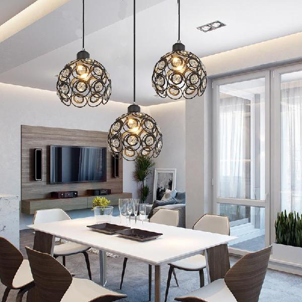 【灯光搭配】灯光所能影响的并不是餐厅内的气氛,更是能带动家人就餐时的心情不二法宝!灯光冷暖配合拉深层次感,且温馨感!