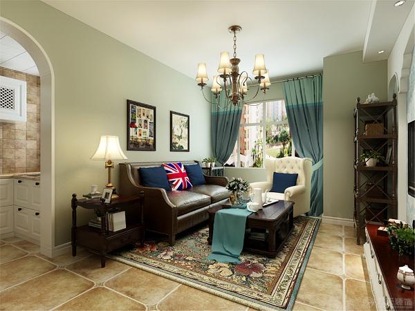 沙发背景墙挂上简单的挂画,和背景墙统一又不会显得凌乱。