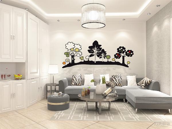 沙发背景墙没有造型,电视背景墙做了简单的木格造型,简单的造型使空间增加了层次感,增加了空间的活力。