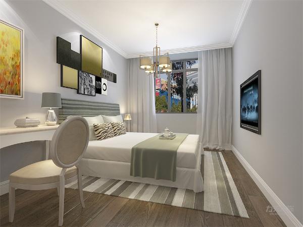 主卧室背景墙用画做装饰,白色的床显得干净整洁,无凌乱感。