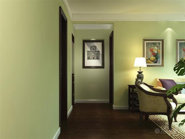 入户正对着的是鞋柜上面有镜子,电视背景墙采用中间弧顶镂空的经典造型,中间加壁纸,茶几是业主要求的美式的茶几。