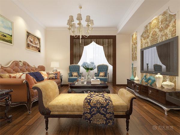 入厅口处多竖起两根豪华的罗马柱,室内则有真正的壁炉或假的壁炉造型。墙面最好用壁纸,或选用优质乳胶漆,以烘托豪华效果。地面材料以石材或地板为佳。