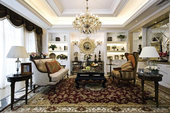 白色、金色、黄色、暗红色是欧式风格中常见的主色调,少量白色糅合,使色彩看起来明亮。