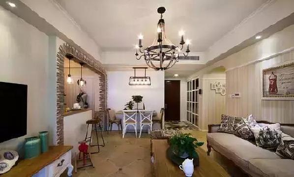 ▲客厅、餐厅、半开放式的书房,开阔的大空间给人完美的视觉体验。