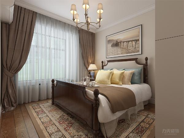 卧室进行了不同的功能性设计,餐厅和客厅共用一个大的空间,提高空间利用率,具有用餐储物的功能。搭配一些美式的配饰十分有格调,时尚大气。