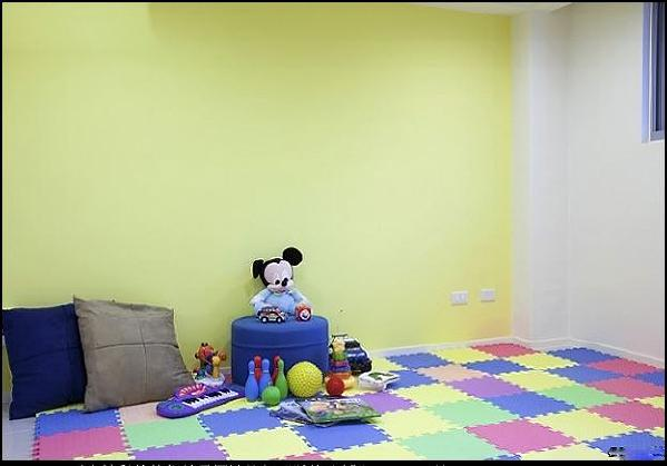 七彩卡通的颜色,体现了孩子的天性