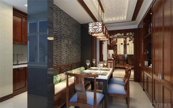 本案为雍华府标准户型3室2厅2卫1厨139㎡的户型。这次的设计风格定义为中式风格。中式风格以儒雅气息映射主人的生活习惯以及兴趣,满足其生活所需求的心理活动,