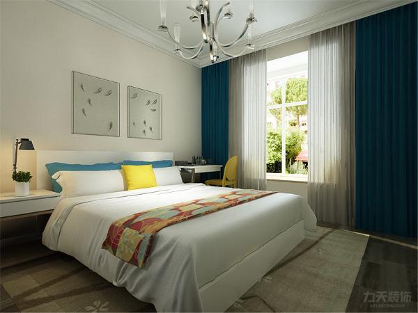 卧室都在整个空间的立面,私密性很好,方便业主后期生活起居。所以总体的房型结构是很合理的。是一个适合久居的居住环境。