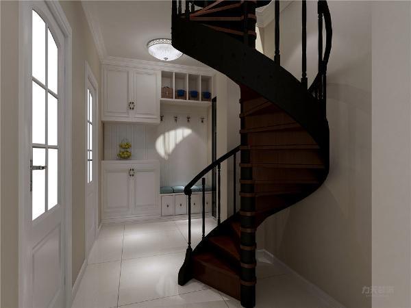 厨房与餐厅客厅相对,方便就餐和打理。楼上是主卧室和次卧,卧室地面采用复合地板,墙面采用淡蓝色乳胶漆和照片墙造型做搭配。