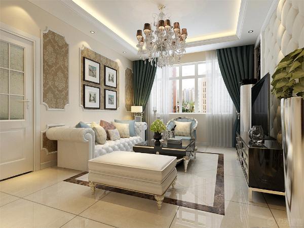 沙发的颜色为白色,与整个空间的色彩相协调。电视背景墙两边是茶色棱镜,中间是奶白色软包。沙发背景墙用石膏线做了几个造型内嵌大马士革壁纸。