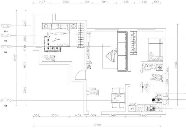 南益名士华庭85平米 两室一厅一厨一卫,从入户门进去的是玄关的衣柜,入户门的右侧为餐厅的位置,餐厅放置四人餐桌,餐桌的右侧是厨房的位置,厨房为L型橱柜,冰箱放置厨房,方便使用。