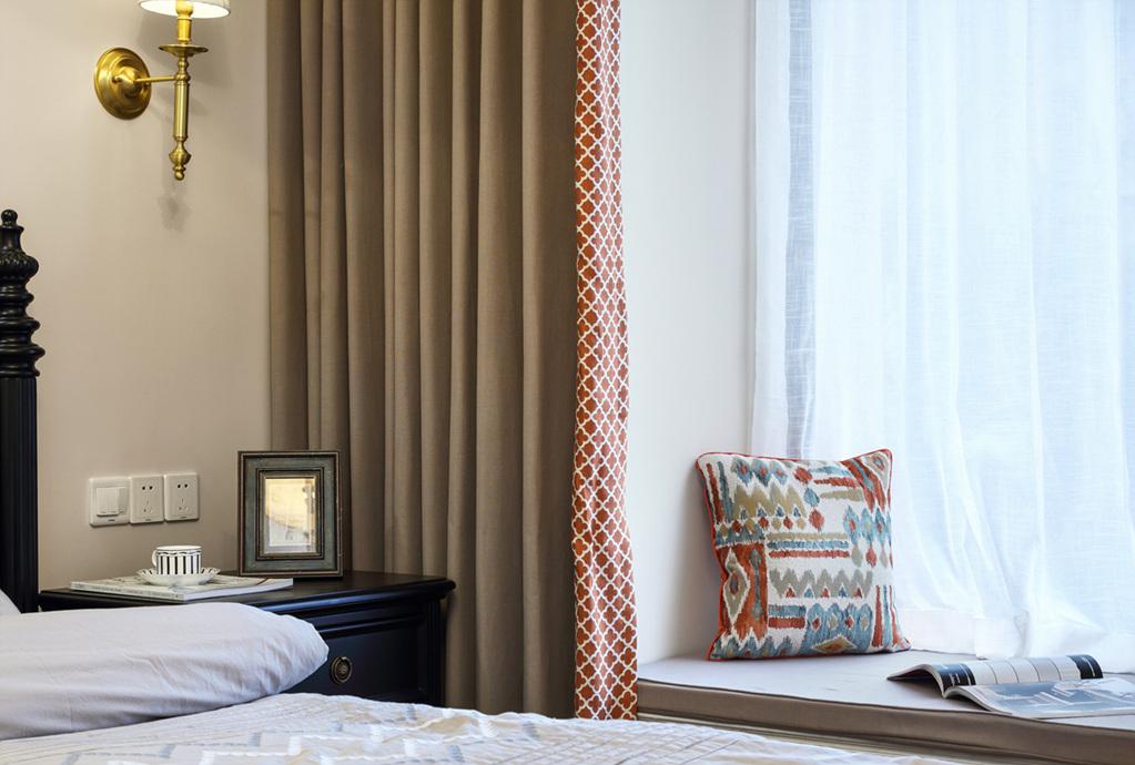 三居 小资 收纳 卧室图片来自周晓安在晓安设计 | 焕彩人生 | 简美的分享