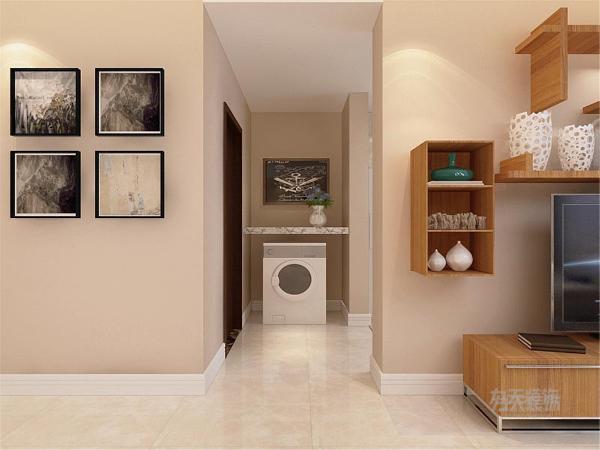 玄关处有一个洗衣机的摆设合理利用了玄关的空间