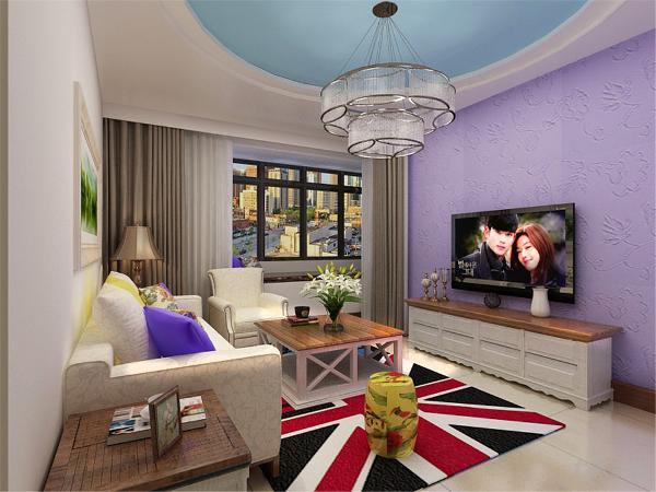 电视背景墙和沙发背景墙面壁纸,所以其他地方的装饰可以简单点,,用简单的颜色饰品来做简单的点缀!但会客区的沙发作用很重要,他的造型和颜色会直接影响到客厅的风格。放了一组电视柜,技能增加储物空间又美观。