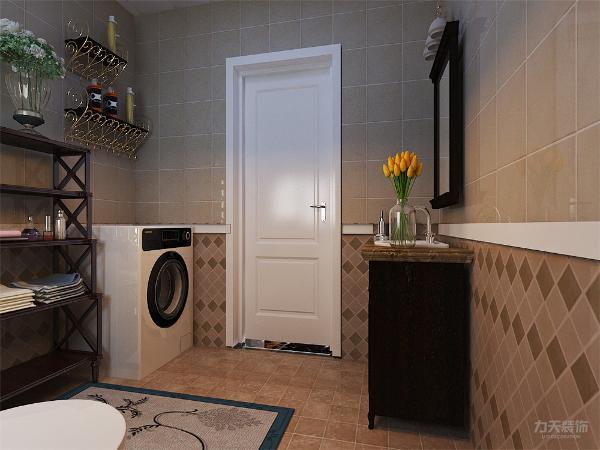 卫生间有一个放毛巾的台子可以把毛巾放在其中也无形中扩大了一些储物空间