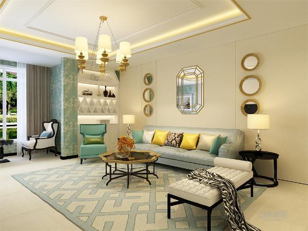客厅的设计简单大方,沙发背景墙只用了镜子做了简单的摆饰,家具的选择为皮具,茶几的样式选为八角花朵样式,使空间温馨,吊顶采用了金边的样式,使空间低调且又不失奢华