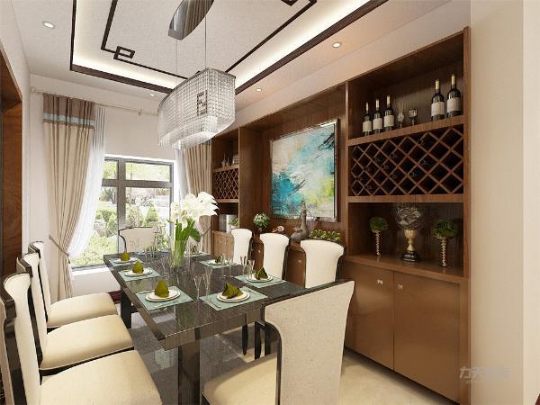 客厅与餐厅相互连通,这样就空间层次分明,功能区域分配的更加明显。