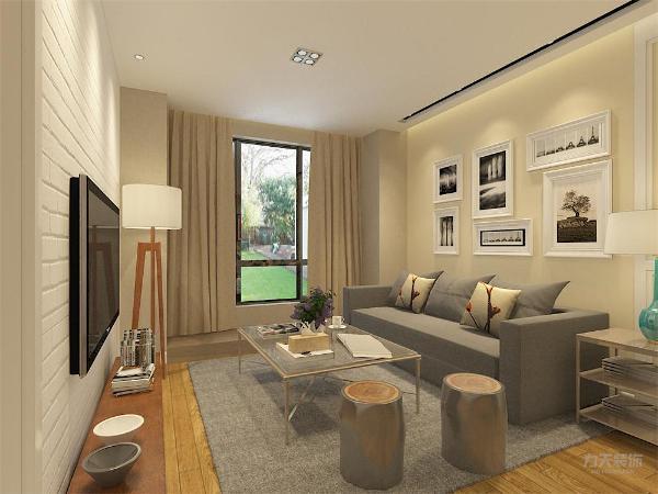在本空间的设计中,实木材质是贯穿整个装修的经典元素,地板主要采用实木地板,墙壁采用浅色的墙壁,电视背景墙采用白色文化砖。