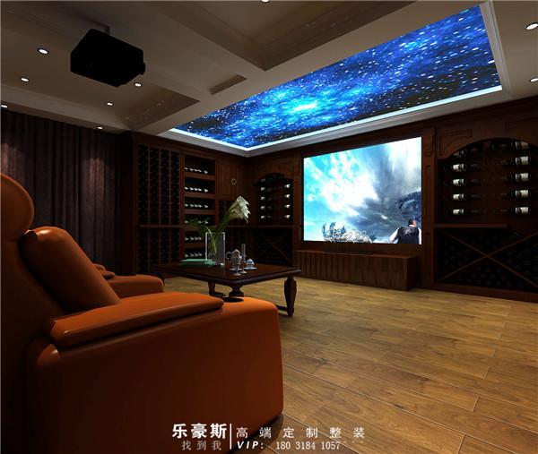 这一副装修效果图显示的是地下二层装修效果,地下二层温度稳定,可以建设一个具有酒窖功能的影音室。酒窖和影音室设计既是合理的运用了空间,又给累了一天的别墅主人一个放松自己的生活活动空间。