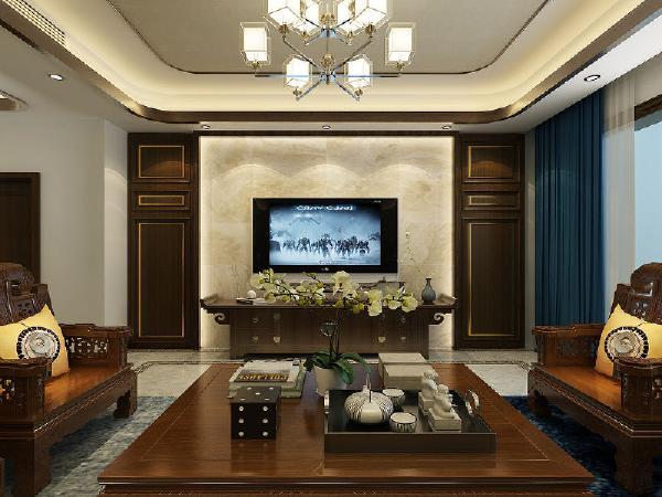 配以黄色的靠垫、坐垫就可烘托居室的氛围,这样也可以更好的表现中式家具的内涵。