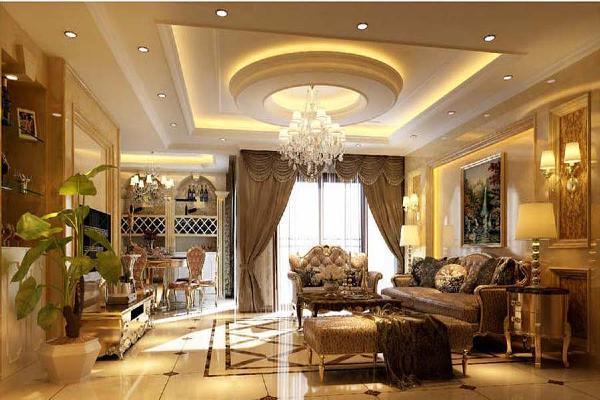 欧式客厅顶部运用了大型灯池,并用华丽的枝形吊灯营造气氛。