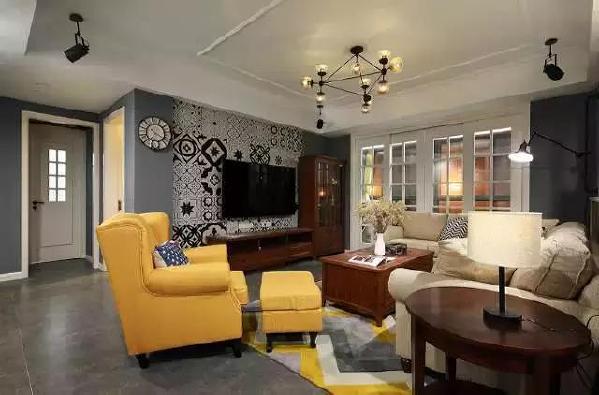 ▲电视墙用瓷砖铺贴,非常有个性,成为客厅的焦点。