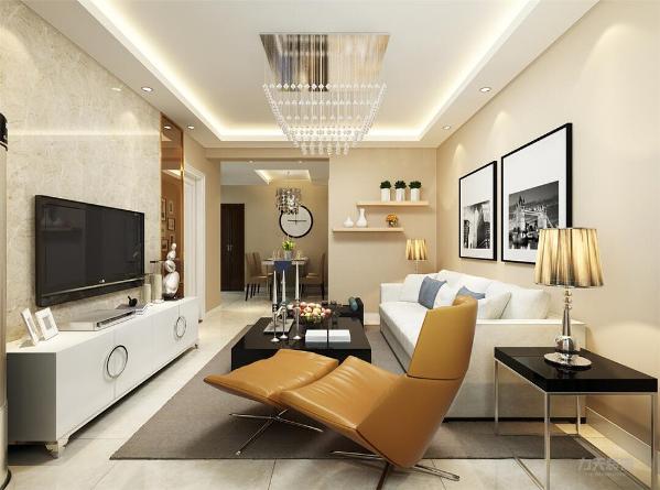 客厅电视背景墙是石材与镜面做造型,沙发背景墙是挂挂画做装饰,整体墙面刷浅咖色乳胶漆,顶面回字形吊顶。