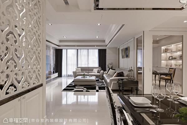 悉心推演家的幸福样貌,帝谷室内装修将新古典结合现代元素,挥洒雅致迷人的居家神情。