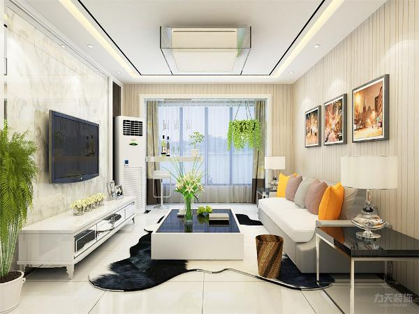 客厅的沙发背景墙并没有设计过多复杂的设计,只是挂上了两幅装饰画。电视背景墙由大理石两边为车灵镜,能够更好的拉长室内的空间,显得空间通透。在客厅阳台面积不太大的基础上,设计了简单的小吧台。