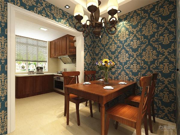 餐厅和厨房之间的墙体拆除,和客厅一样的家具色彩,橱柜为了风格和色彩的统一也选择了,木质橱柜,橱柜台面为白色石英石。餐厅顶面为回字形石膏吊顶,厨房顶面为集成吊顶。