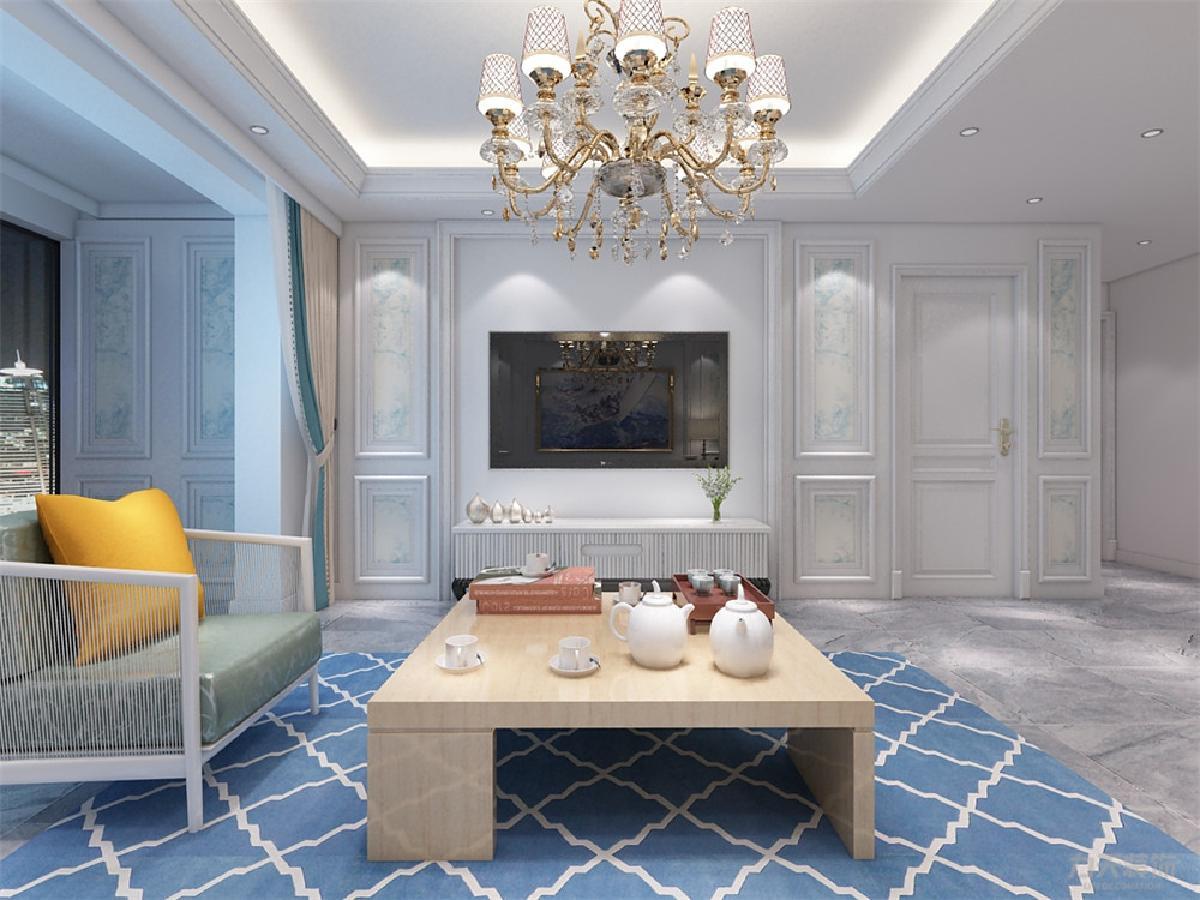客厅的墙面做了一些很经典的欧式造型,附了墙纸,电视背景简洁自然