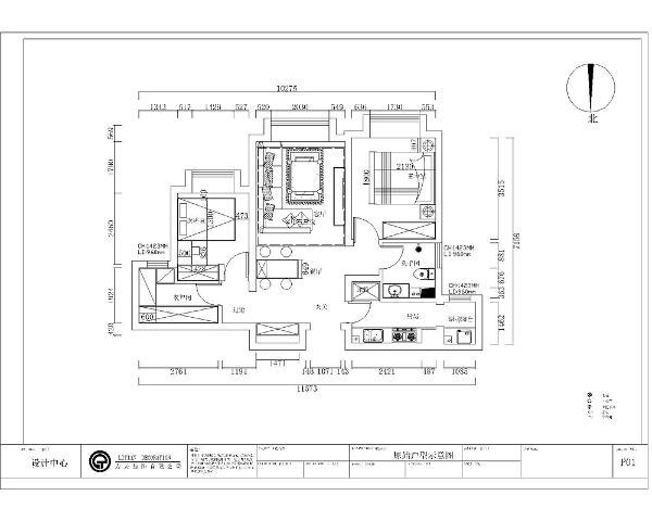 先从入户进入。是一个入户玄关,有很大的一块区域可以做设计。玄关的合理运用有很多的设想和搭配。右手边是厨房区域。餐厅和客厅的一体化区域的位置。后期设计中应着重考虑。