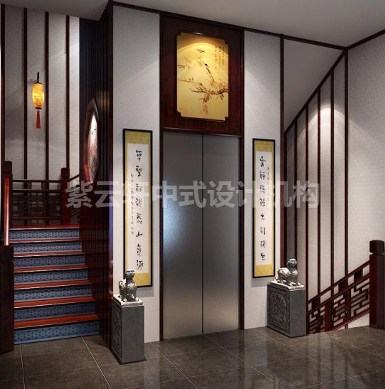"""入户,几步台阶之后,映入眼帘的就是这私家电梯门厅,门额上一副""""桃花春柳""""图,中间左右两幅临摹草圣张旭的字,潇洒飘逸,地上青色门当,上面各一只文狮,红木扶梯,红色地板与青花相间,古典韵雅尽在其中。"""