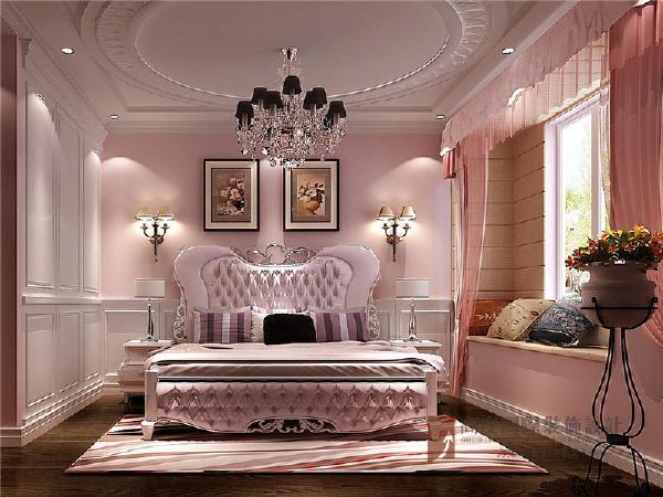 女儿房以欧式为主调,搭配粉色系,尽显少女心。