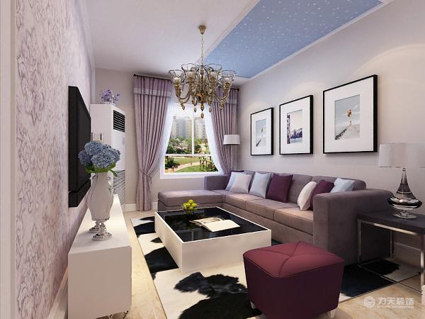 在前期的规划中,我们将主卧室阳台墙体拆除,将主卧空间使用面积有效扩大;然后将卫生间门口的墙垛拆除,使空间功能流线更加流畅。户型整体设计风格为紫色浪漫主义风格,整体以紫色调色调贯穿。