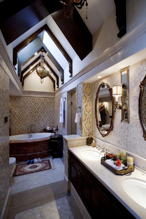 卫生间的设计也同样注重功能,安全方便是首要考虑的因素。