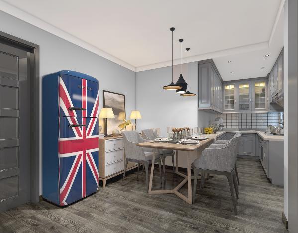 设计师大胆拆除了厨房和餐厅相邻的门口墙体,使餐厅和厨房打通视觉空间上更大,餐桌和橱柜相连的布局,延展了厨房的操作台面,使厨房的整体感更好。