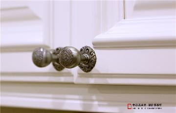 北京万国城MOMA 《妙仪•峻茂》