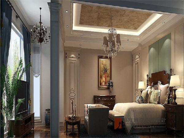 水晶灯强化了空间效果,整个空间尽显古典装饰风格的气韵。