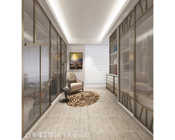 细腻的设计巧思展现在更衣室中,例如衣柜门片以夹纱玻璃与树枝造型呈现,饶富当代时尚的意象。 (此为3D合成示意图)
