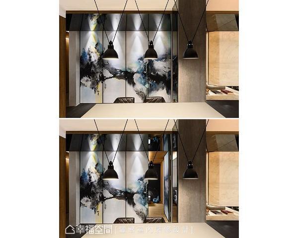 廊道壁面上的艺术壁画,为空间挹注些许稳重气息,成为别具意境的视觉主题墙,并巧妙隐藏通往长亲房的入口门片。