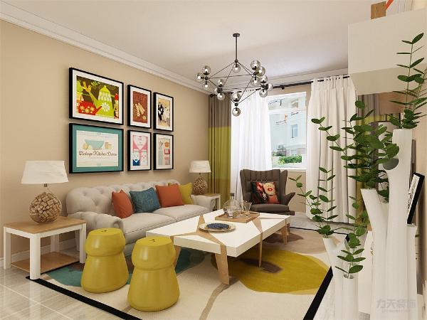 客厅作为待客区域,要明快光鲜,用白色墙砖纹路壁纸,使整体上有一种宽敞而富有现代时尚气息。墙面采用奶咖色乳胶漆,这样使视觉上具有层次感,色彩也更加温馨舒适。