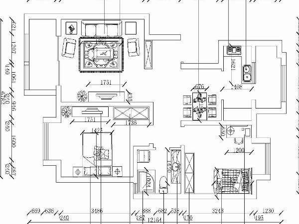 属于南北通透的户型。空间布局合理,采光较好。在后期的规划设计中充分利用现有格局,设计出安全低耗,温馨舒适的居住环境。