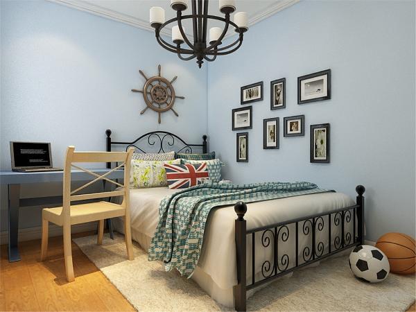 卧室部分色调对比强烈,主卧室与儿童房色彩鲜明。显得明亮大方。
