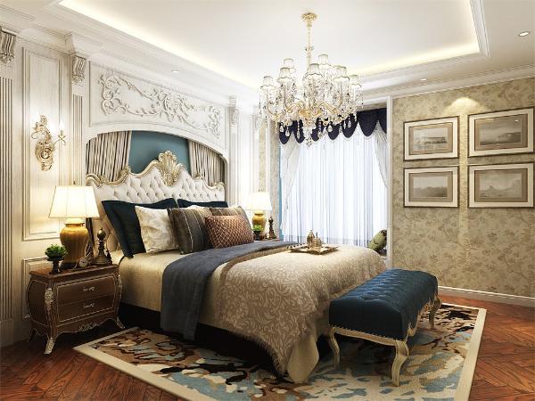 主卧在靠窗边放置了一个榻榻米,方便业主休息享受。背景墙采用浅色欧式造型背景墙,回字形吊顶显得美观大方。