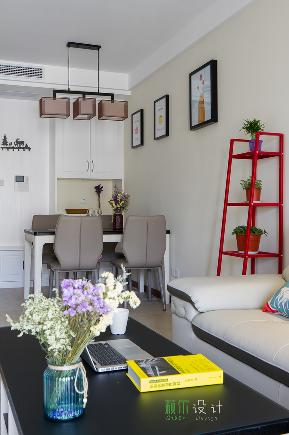 简约 三居 白领 收纳 80后 小资 客厅图片来自萩尔空间设计在小酒窝的分享