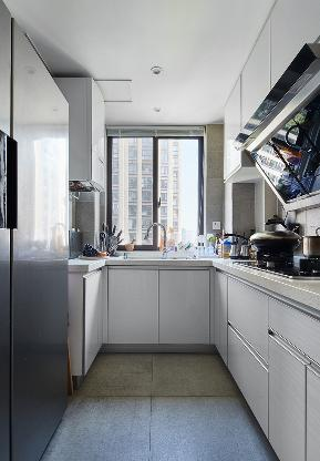 厨房图片来自家装大管家在简洁清爽 109平北欧时尚舒适3居的分享