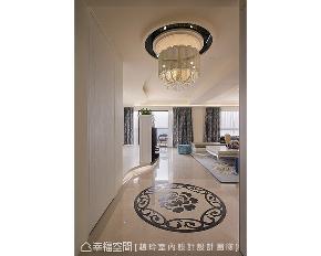 四居 大户型 新古典 玄关图片来自幸福空间在施展空间魔法 拆一墙让家更完美的分享