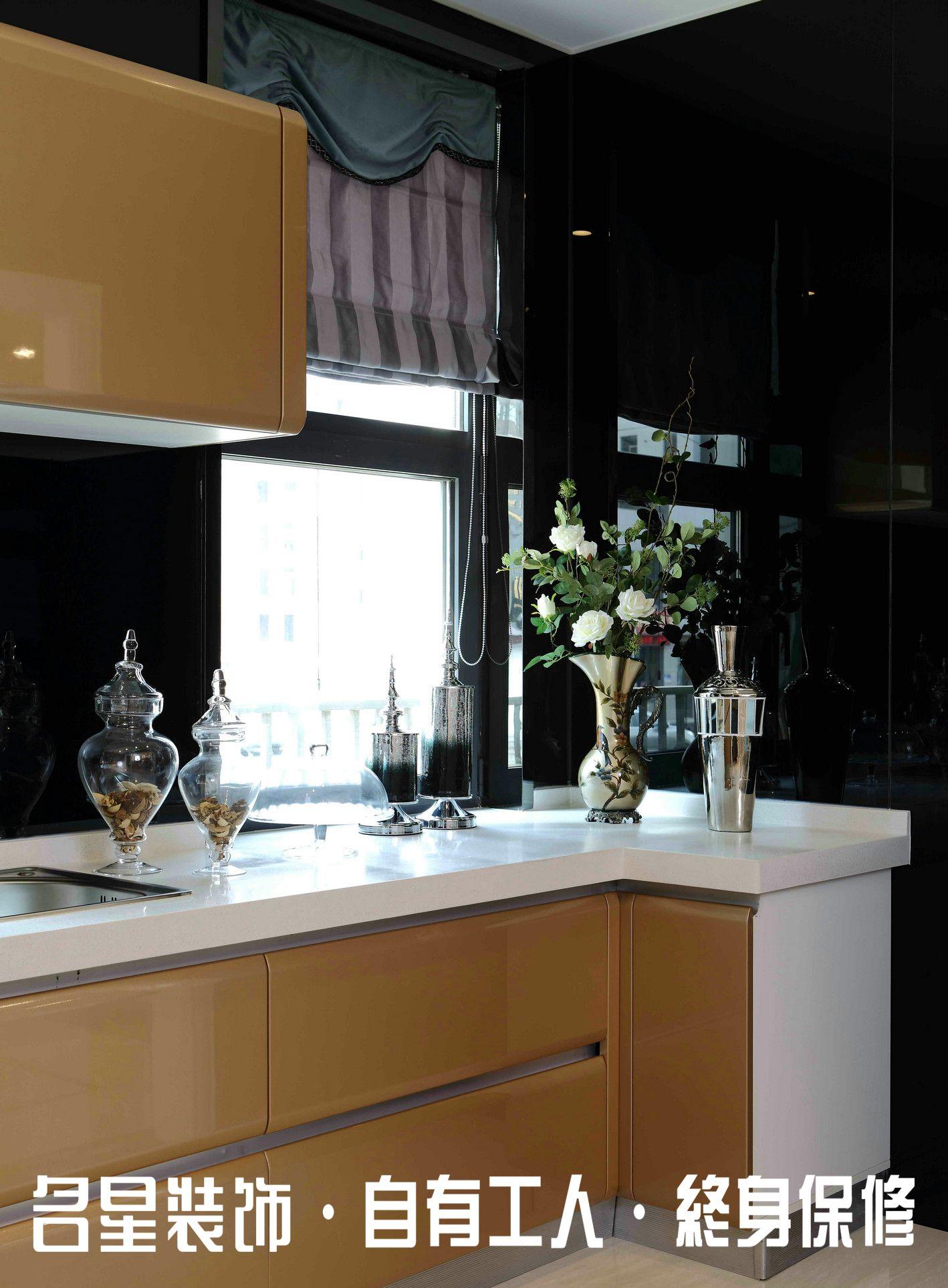 三居 欧式 低奢 厨房图片来自名星装饰在复地东湖国际的分享